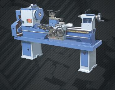 Medium Duty Lathe Machine | Macpower Industries